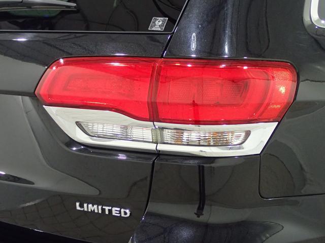 リミテッド ディーラー車 認定中古車保証1年付帯 ブラックレザーシート パワーリヤゲート(30枚目)