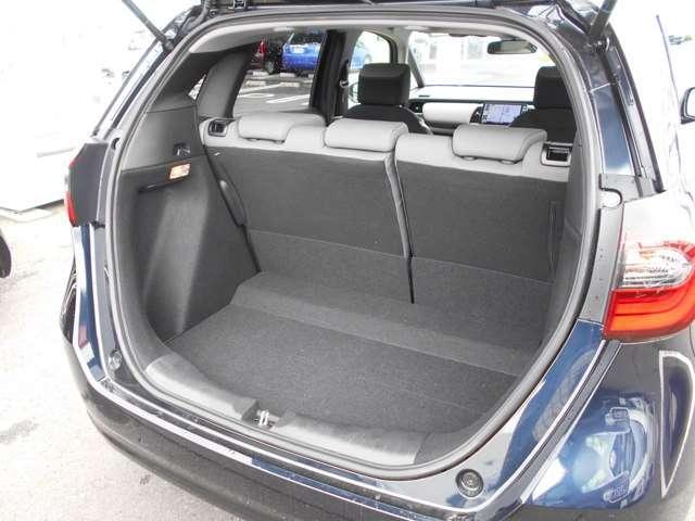 e:HEVネス 試乗車UP ギャザズ9インチナビVXU-205FTi(Honda CONNECT対応) Bluetoothオーディオ 音楽録音機能 フルセグ リアカメラ ETC 禁煙車(17枚目)