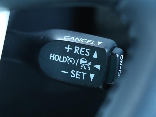 トヨタ プリウス Sツーリングセレクション LED Bモニター 1オーナー