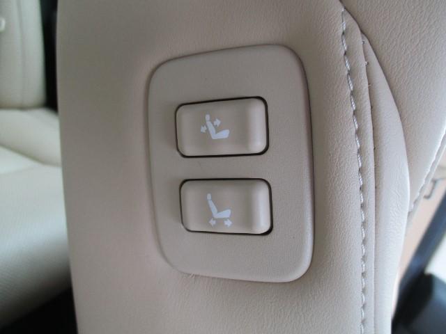 ロイヤルサルーン HDDナビ フルセグ LED スマートキー(17枚目)