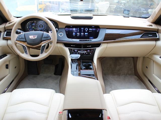 キャデラック キャデラック CT6 プラチナム  ナイトビジョン 4WD 認定中古車+1年保証