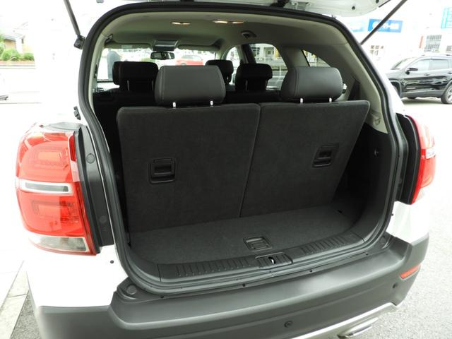 ベースグレード 電子制御AWD 3列シート7人乗り バックカメラ アップルカープレイ・アンドロイドオート対応 右ハンドル ETC ハーフレザーシート ルーフレール 純正19インチAW 運転席パワーシート(13枚目)