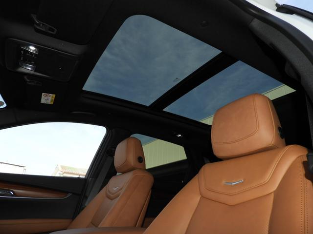 プレミアム 法人ワンオーナー スマートキー リモートエンジンスタート パワーテールゲート アップルカープレイ対応 シートヒーター レザーシート LEDヘッドライト 9速AT V6エンジン 切替式4WD(11枚目)