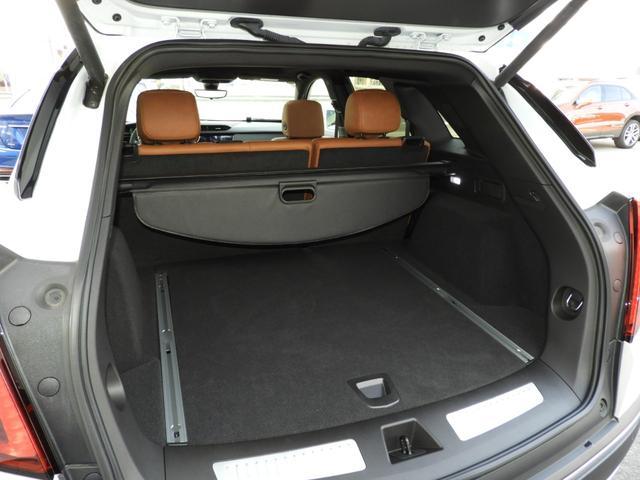 プレミアム 法人ワンオーナー スマートキー リモートエンジンスタート パワーテールゲート アップルカープレイ対応 シートヒーター レザーシート LEDヘッドライト 9速AT V6エンジン 切替式4WD(15枚目)