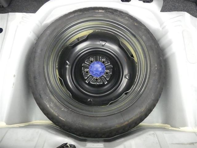 【スペアタイヤ】トランク下部にスペアタイヤ収納されてます。実際にご来店時ご確認下さい☆納車前の点検にて空気圧もチェックしますのでご安心を♪