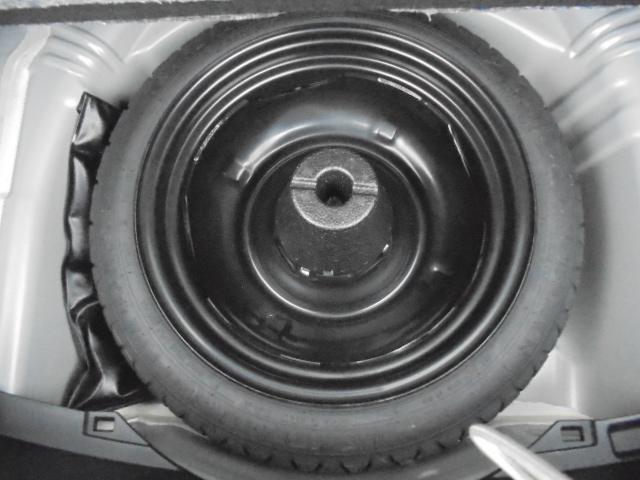 【スペアタイヤ】トランク下部にスペアタイヤ収納されてます。実際にご来店時ご確認下さい☆納車前の点検にて空気圧もチェックしますのでご安心ください