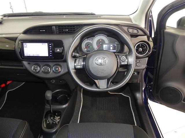 運転席・インパネまわりの画像です!ハンドルやシートなども隅々までプロによるクリーニング済み☆キレイな車内でドライブがより一層快適にお楽しみいただけると思います!