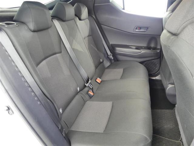 リヤシートクリーニング済み 後席に乗る人も気持ちよく乗ることが出来ます