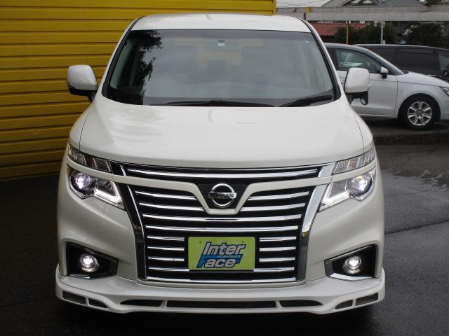 当社は軽自動車・コンパクトカー・セダン・ミニバン・SUV等とノーマル車からドレスアップまで幅広くLINE UP!