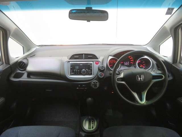 13G・スマートセレクション ワンオーナーCDプレーヤーETC タイヤ4本新品交換(8枚目)
