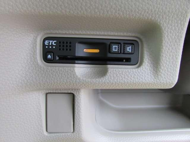 G・Lホンダセンシング 安全運転支援システム 元当社試乗車 純正メモリーナビゲーション Bluetooth インターナビプレミアム リアカメラ ETC サイドエアバッグ カーテンエアバッグ オートエアコン ワンオーナー(12枚目)