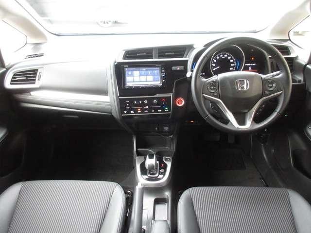 L ホンダセンシング 当社元試乗車 純正メモリーナビ Bluetooth リアカメラ ETC インターナビプレミアム 安全運転支援システム サイドカーテンエアバッグ LEDヘッドライト オートエアコン スマートキーシステム(10枚目)