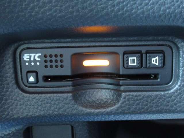 G・Lホンダセンシング 当社元試乗車 禁煙車 純正8インチナビ Bluetooth ETC 安全運転支援システム 衝突軽減ブレーキシステム サイドカーテンエアバック LEDヘッドライト 左側電動パワースライドドア(12枚目)