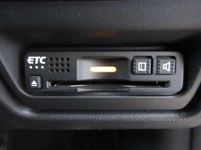 スパーダ・クールスピリット ホンダセンシング ワンオーナー 純正9インチナビ Bluetooth ETC リアカメラ 安全運転支援システム 衝突軽減ブレーキシステム サイドカーテンエアバック  両側電動パワースライドドア シートヒーター(11枚目)