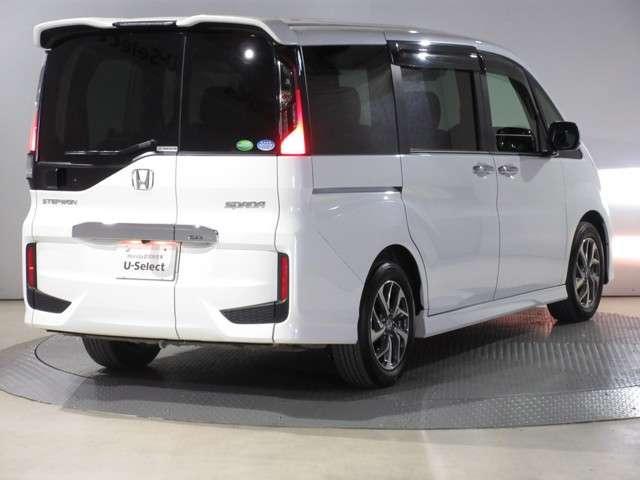 スパーダ ホンダセンシング ワンオーナー 8人乗り 純正9インチナビ Bluetooth ETC リアカメラ 安全運転支援システム 衝突軽減ブレーキシステム サイドカーテンエアバック 両席電動パワースライドドア スマートキー(8枚目)