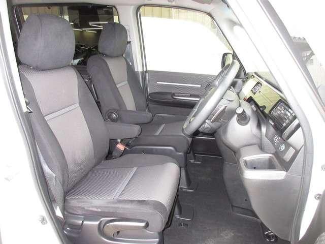 スパーダ ホンダセンシング ワンオーナー 8人乗り 純正9インチナビ Bluetooth ETC リアカメラ 安全運転支援システム 衝突軽減ブレーキシステム サイドカーテンエアバック 両席電動パワースライドドア スマートキー(15枚目)