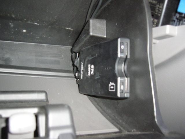 BUSTER 5MT 4WD メモリーナビ バックカメラ(6枚目)