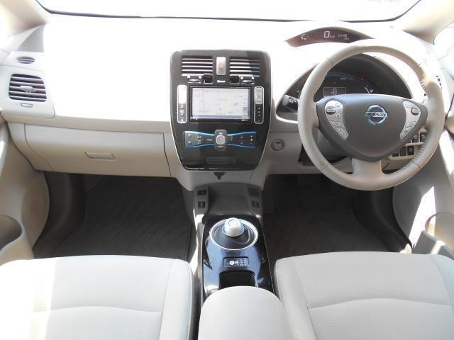 安心・信頼のできる中古車流通のために日産車両状態証明検査員の認定検査員資格を持つ専属スタッフが一台一台しっかり検査し車両状態証明書を発行しています・・・安心丸見えで皆さまのお越しをお待ちしております!