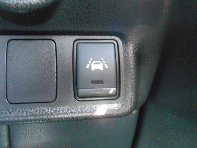 1.2 メダリスト Vセレクション プラスセーフティII 日産純正メモリーナビ(MP315D-W)/フルセグ・アラウンドモニター・エマージェンシーブレーキ・踏み間違い防止・車線逸脱・LEDライト・ETC(18枚目)