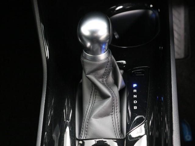 「トヨタ」「C-HR」「SUV・クロカン」「東京都」の中古車10