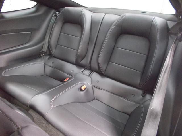 V8 GT プレミアム BCD自社輸入車50プラン1年間保証(17枚目)