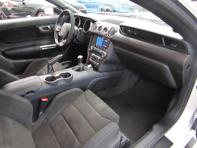 シェルビーGT350 BCD自社輸入車 RECAROシート ブラック19インチAW レーシングストライプ アクティブバルブパフォーマンスエキゾースト(11枚目)