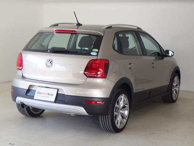 フォルクスワーゲン VW ポロ 当社元デモカー ACC ナビ ETC バックカメラ
