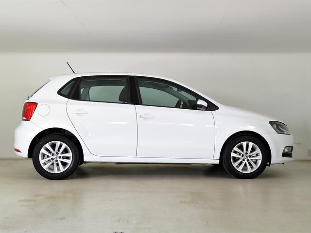 フォルクスワーゲン VW ポロ TSIコンフォートライン 元社用車 禁煙 純正ナビTV