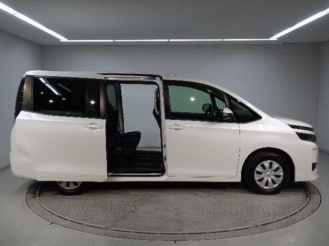 「トヨタ」「ヴォクシー」「ミニバン・ワンボックス」「神奈川県」の中古車3
