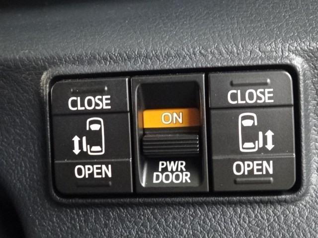 G クエロ 大型ナビTV シートヒーター ETC 両側電動ドア スマートキー LEDヘッドランプ 新車保証継承 DVD再生 バックモニター ハンドルヒーター USB端子(10枚目)