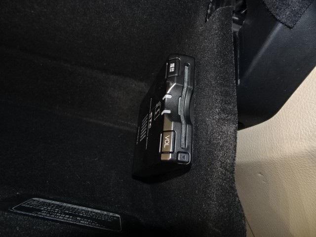 トヨタ ハリアー 240G アルカンターラバージョン ナビ Bカメラ