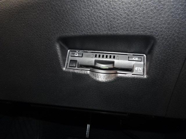「トヨタ」「C-HR」「SUV・クロカン」「神奈川県」の中古車9