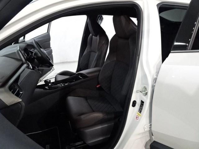 「トヨタ」「C-HR」「SUV・クロカン」「神奈川県」の中古車15