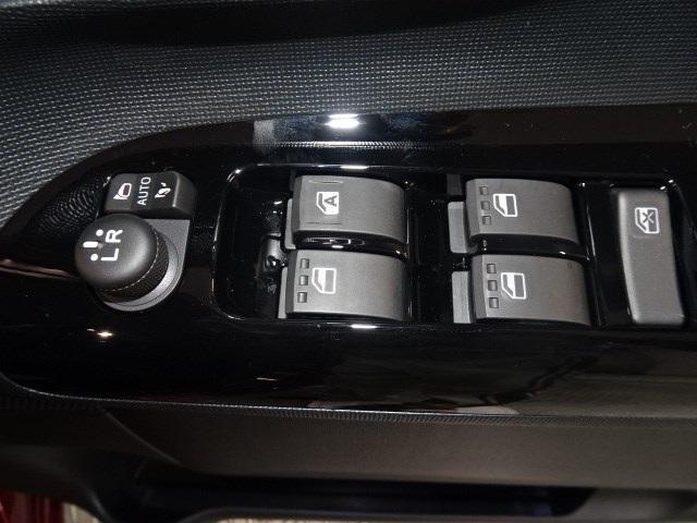 Xブラックインテリアリミテッド SAIII 届出済未使用車(7枚目)