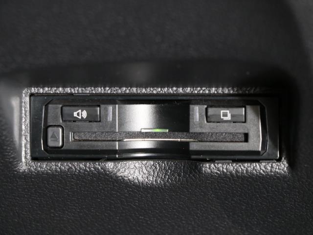 S 1オナ スマートK AAC AUX VSC TVナビ メモリ-ナビ ABS 点検記録簿付 キーレスエントリー 盗難防止システム パワーウインドウ アルミ パワステ エアバッグ アイストップ CD再生(10枚目)