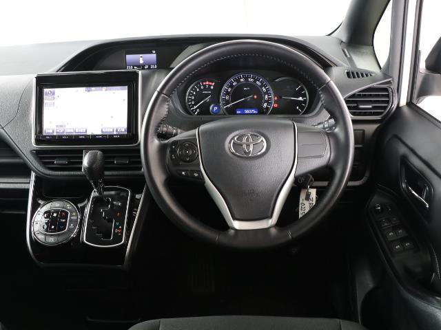 Xi トヨタセーフティセンス 衝突被害軽減ブレーキ SDナビ ドラレコ Bモニター フルセグ ETC LEDヘッドライト キーレス 左側電動ドア ワンオーナー フォグランプ 3列シート ABS 記録簿(4枚目)