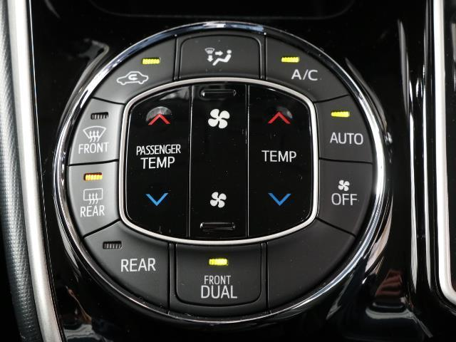 Xi トヨタセーフティセンス 衝突被害軽減ブレーキ SDナビ ドラレコ Bモニター フルセグ ETC LEDヘッドライト キーレス 左側電動ドア ワンオーナー フォグランプ 3列シート ABS 記録簿(10枚目)