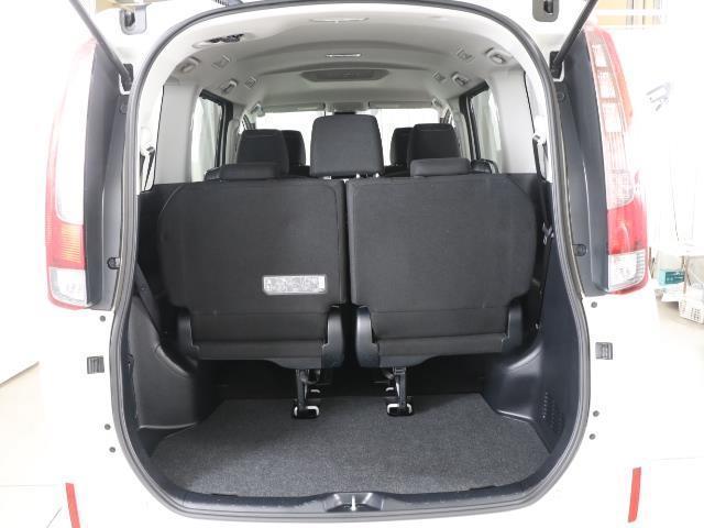Xi トヨタセーフティセンス 衝突被害軽減ブレーキ SDナビ ドラレコ Bモニター フルセグ ETC LEDヘッドライト キーレス 左側電動ドア ワンオーナー フォグランプ 3列シート ABS 記録簿(16枚目)
