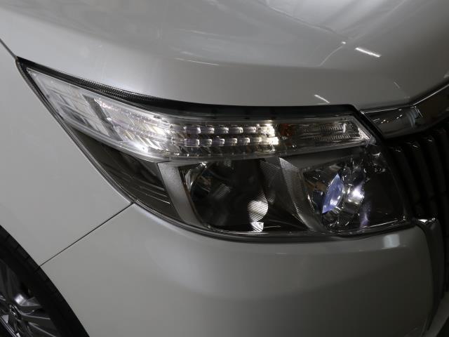 Xi トヨタセーフティセンス 衝突被害軽減ブレーキ SDナビ ドラレコ Bモニター フルセグ ETC LEDヘッドライト キーレス 左側電動ドア ワンオーナー フォグランプ 3列シート ABS 記録簿(19枚目)