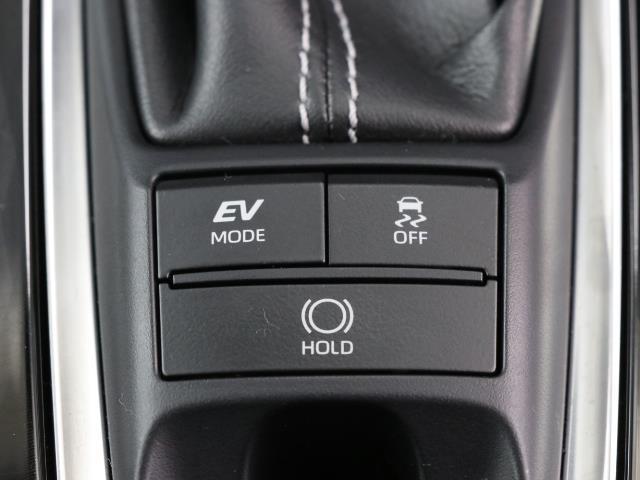 S フルセグ バックカメラ ドラレコ 衝突被害軽減システム ETC LEDヘッドランプ DVD再生 ミュージックプレイヤー接続可 記録簿 安全装備 展示・試乗車 オートクルーズコントロール 電動シート(11枚目)