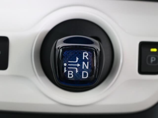 S 1オナ スマートK AAC AUX VSC TVナビ ドライブレコーダー メモリ-ナビ ABS 点検記録簿付 キーレスエントリー 盗難防止システム パワーウインドウ アルミ パワステ エアバッグ(12枚目)