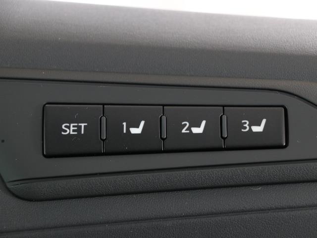 2.5S Cパッケージ レザー 地デジ対応 WSR 横滑り防止装置 クルコン LEDライト TVナビ バックカメラ アルミホイール キーレス ETC スマートキー メモリーナビ DVD パワーシート CD イモビ Wパワスラ(12枚目)