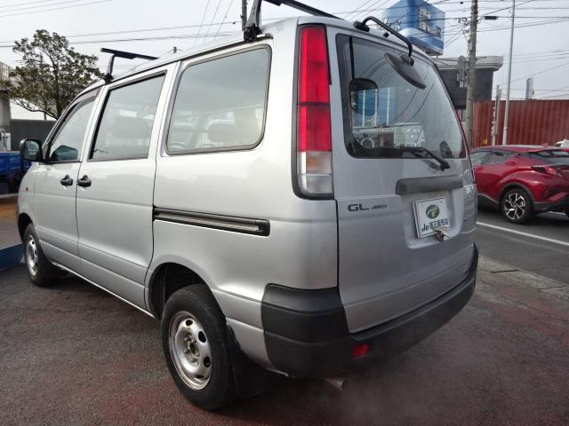 GL 4WD 5ドア(4枚目)