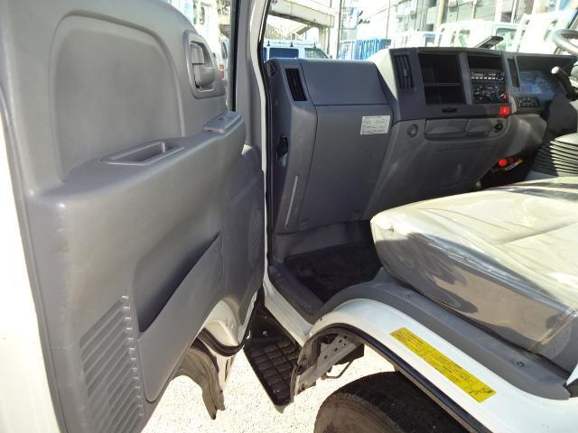 いすゞ エルフトラック フルフラットロー2t積10尺 3.0Dターボ 5F