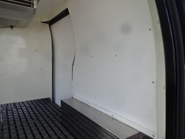 冷蔵冷凍車 -5℃設定 5ドア 1.6G AT(17枚目)