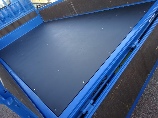 フルジャストロー 2t10尺 4.0DターボAT 木製新品床(7枚目)