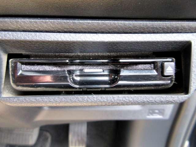 ツーリング 4WD ワンオーナー アイサイト 車検整備2年付(12枚目)