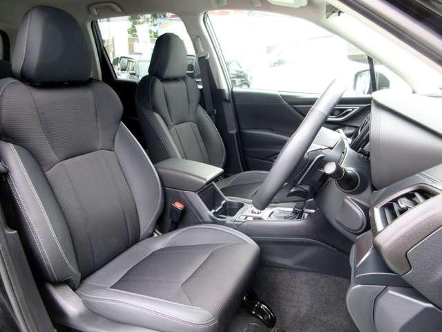 ツーリング 4WD ワンオーナー アイサイト 車検整備2年付(16枚目)
