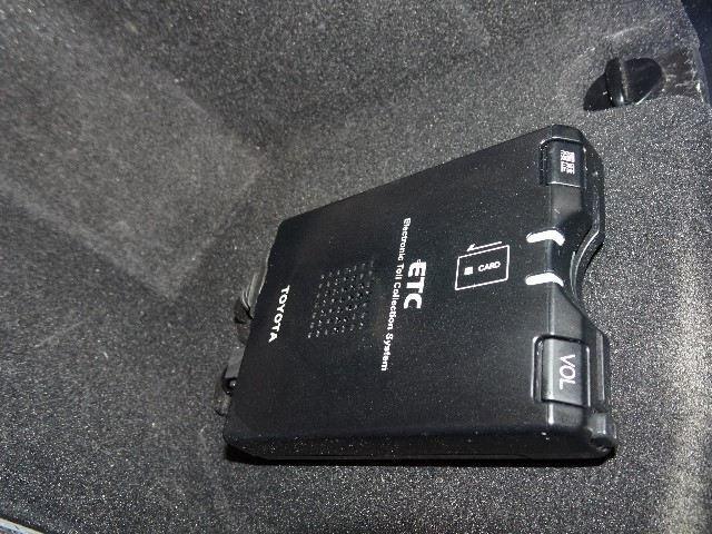 240G プレミアムLパッケージ HDDナビ バックカメラ(4枚目)