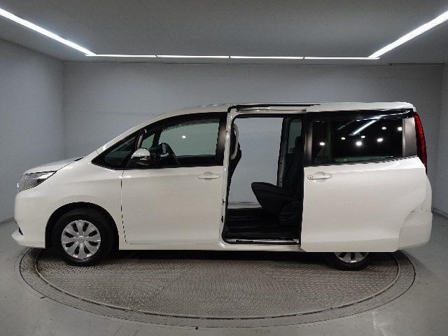 「トヨタ」「ノア」「ミニバン・ワンボックス」「神奈川県」の中古車5